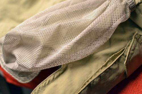 Mesh Pockets + Side-Slits